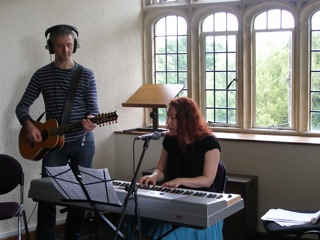 Songwriters Melissa Axel and Andy White, photo by James Jacoby